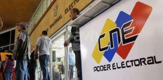 Maduro las había suspendido y el CNE las reprogramó
