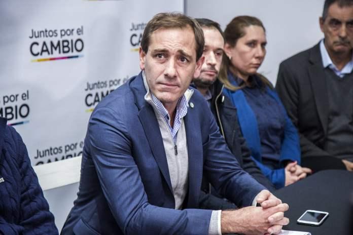 Julio Garro se mostró enojado