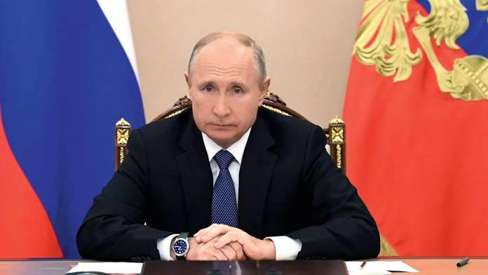 Vladimir Putin aceptó su vacuna