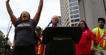 Bernie Sanders, Black Lives Matter, #BlackLivesMatter