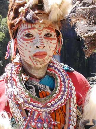 Kikuyu-Frauen brauchen keine Wörterbücher