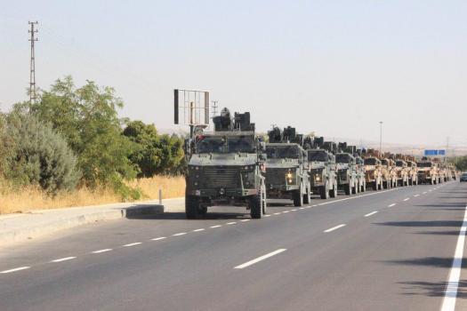 Турецкие вооруженные силы на границе с Сирийским Курдистаном