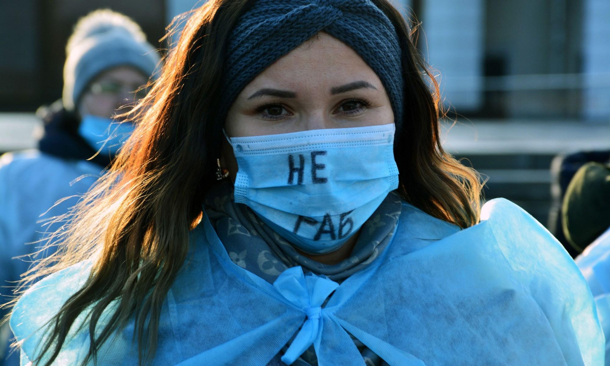 Будь як Ніна. Акція протесту медсестер