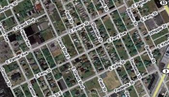Detroit decay in Google Map photos. Who benefits from the decay?