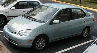 2001 Prius. The granddaddy of all hybrids. I still have mine.