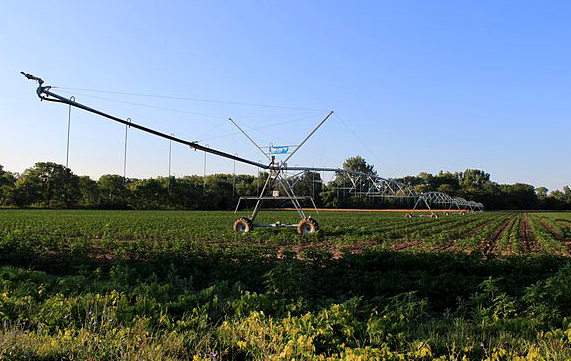 Central_Pivot_Irrigation_Sprinkler