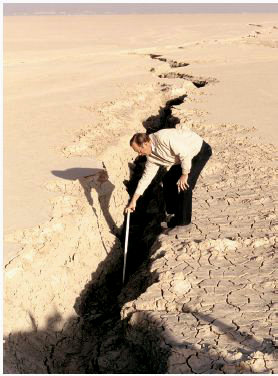 Fissure caused by groundwater pumping, Antelope Valley CA