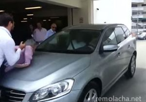self-parking car hits journalists