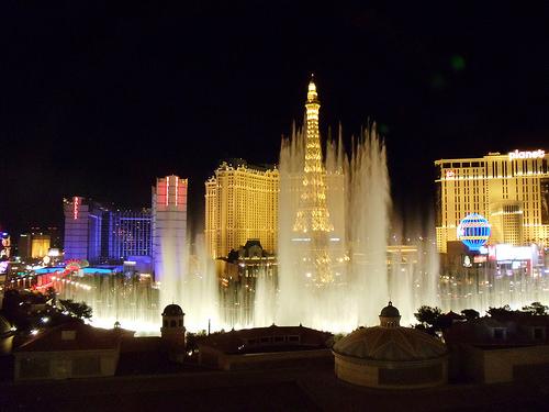 vegas casino fountain photo