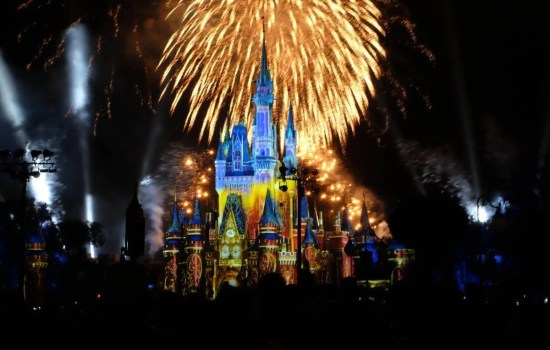Walt Disney World Happily Ever After Ever Fireworks Show & Dessert Party