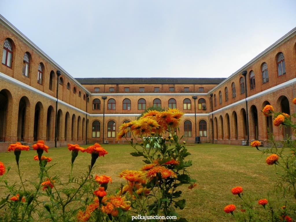 Forest Research Institute's Architecture: Central Courtyard