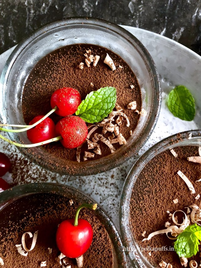 The 10 Minute Chocolate Pudding (Eggless)