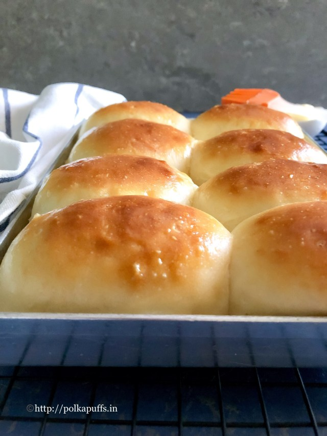 Homemade Laadi Pav egg free | Mumbai Style Dinner Rolls