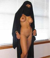 nue sous la burqa