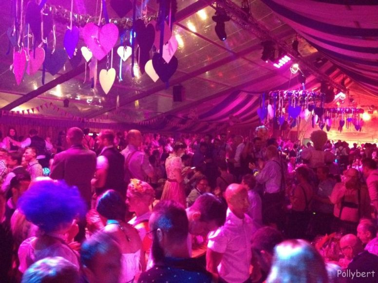 the tent @pink Wiesn