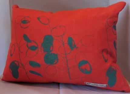 red linen rectangular cushions