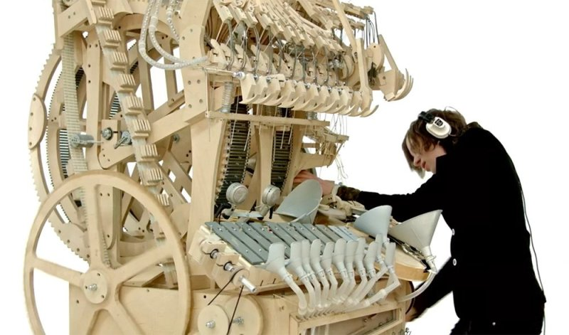 Martin Molin the Wintergatan Marble Machine7