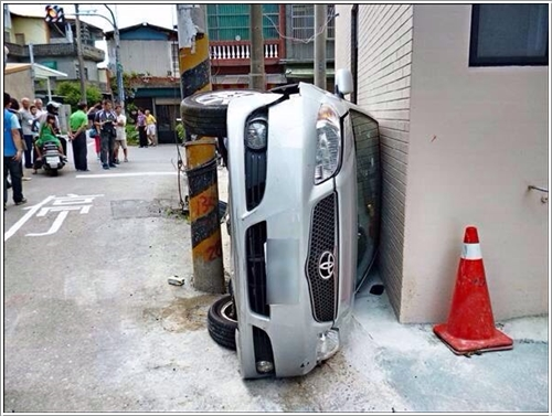 traffic accident11