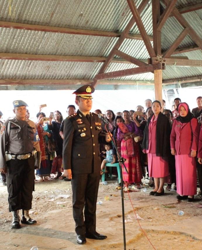Kapolres Simalungun AKBP Heribertus Ompusunggu, S.I.K.,M.Si., Pimpin Upacara Pemakaman Bripka P. Matondang