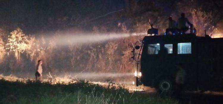 FUNGSI WATER CANON POLRES SIMALUNGUN BERUBAH SAAT KEBAKARAN HUTAN DI SIPOLHA