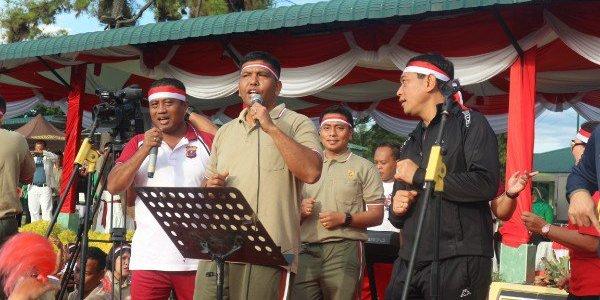 KAPOLRES SIMALUNGUN HADIRI ACARA PEMECAHAN REKOR MURI TARI GEMU FAMIRE DALAM RANGKA HUT – 73 TNI TAHUN 2018