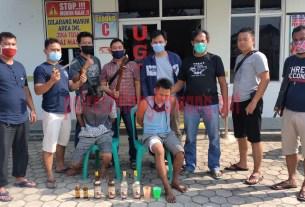 Dua pelaku pembunuhan di Kampung Warga Makmur Jaya usai ditangkap Polsek Banjar Agung bersama Tekab 308 Polres Tulang Bawang