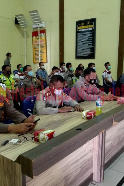 Personel Polres Tulang Bawang yang mengikuti Latpraops Zebra Krakatau-2020, yang dilaksanakan di GSG Wira Satya Mapolres setempat