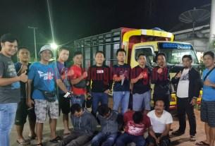 Komplotan curanmor spesialis mobil saat ditangkap petugas dari Polsek Banjar Agung dan Tekab 308 Polres Tulang Bawang