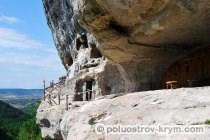 Пещерный монастырь Челтер-Коба (мужской монастырь святого Феодора Стратилата). Автор фото Ольга Иутина