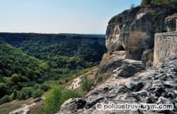 Пещерный город Чуфут-Кале. Южная сторона. Автор фото Ольга Иутина