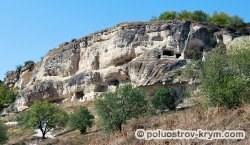 Пещерный город Чуфут-Кале. Вид с южной стороны. Автор фото Ольга Иутина