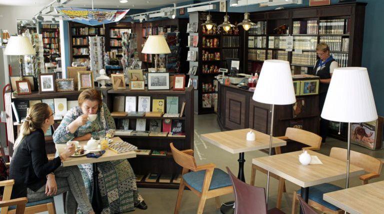 Продавцы в магазин-кафе-кондитерскую в г. Krynica Morska (Гданьск)