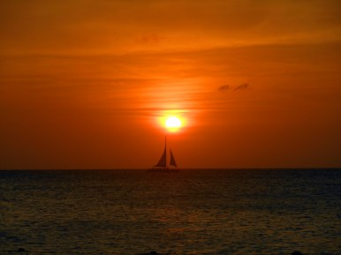 https://polymathically.wordpress.com/2014/08/15/weekly-photo-challenge-sailing-in-an-aruban-sunset/