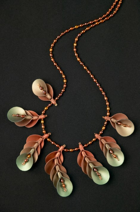 Judith Skinner, Flower Shell Necklace, 24″ long
