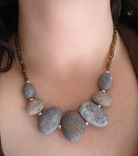 pebble-necklace