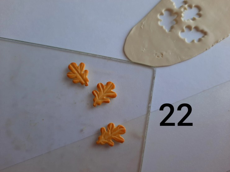 Photo 22. Polymer clay cake tutorial. Decorating the cake