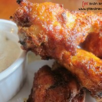 baked sweet and spicy chicken wings with dill ranch cream sauce