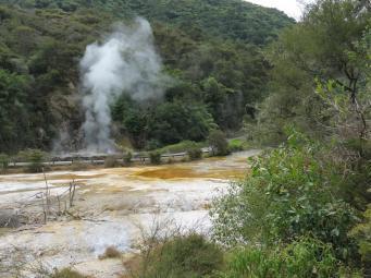 Hot thermal lakes