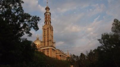 Widok na bazylikę Licheńską