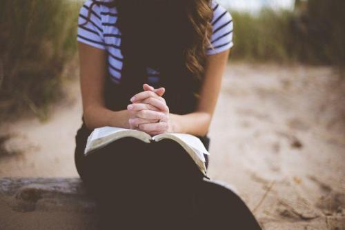 Modlitwa i biblia