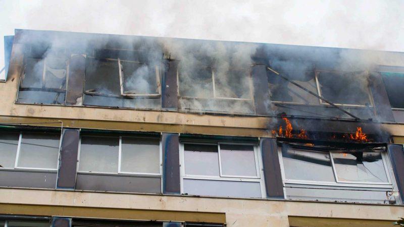 ?? Neuilly-sur-Seine (92) : Un feu d'immeuble ravage deux étages, pas de blessés
