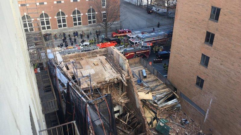 🇺🇸 New York : Un immeuble en construction s'effondre au cœur de Manhattan