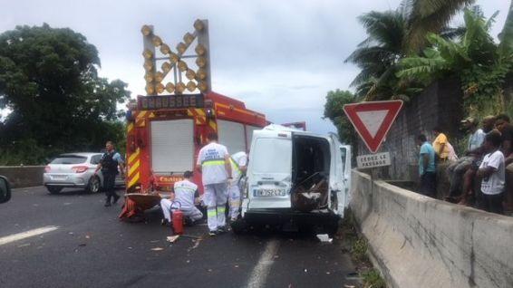 ?? Saint-André (974) : Un pompier perd la vie dans un sur-accident
