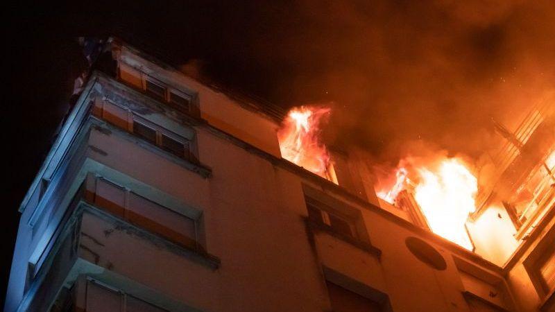 ?? Paris (75) : 64 sauvetages dans un feu d'immeuble