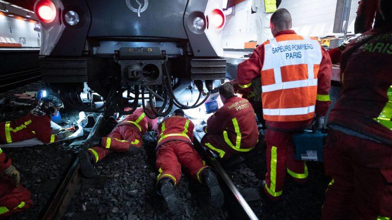 ?? Val de Fontenay (94) : Pris d'un malaise, il chute sur les voies ferrées du RER A