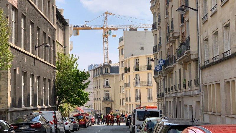 🇫🇷 Paris (75) : Une grue risque de s'effondrer, un quartier évacué