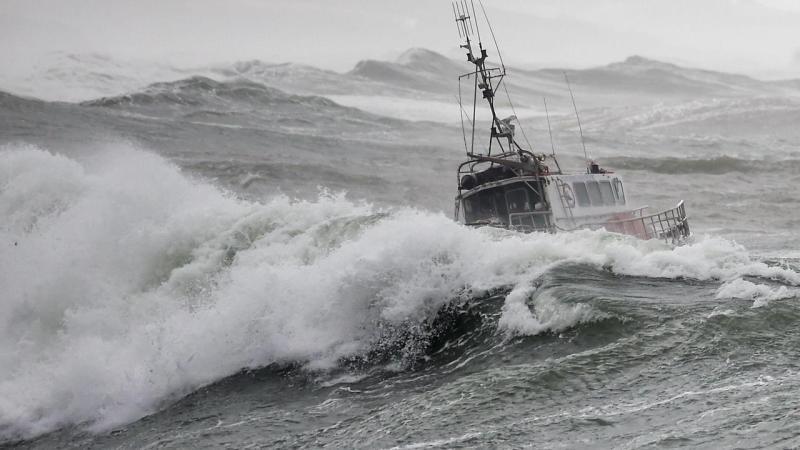 ?? Les Sables-d'Olonne (85) : Une vedette de la SNSM se retourne, 3 sauveteurs et 1 marin périssent