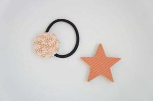 埼玉県所沢市のかぎ針編み教室pomponnerがデザインしたオリジナルのビーズ編みのヘアゴム