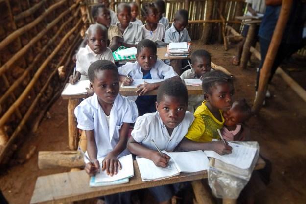 Conditions d'éducation précaires dans le Kiwlu