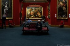 Inside the Scottish National Gallery. © Violet Acevedo